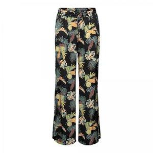 &Co Woman Bella flair pants
